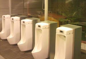 刈谷PA男子トイレ