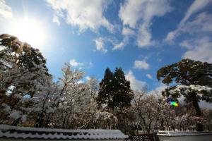雪景色-寒空-家